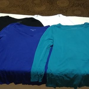 4 Ava & Viv long sleeve T-shirts